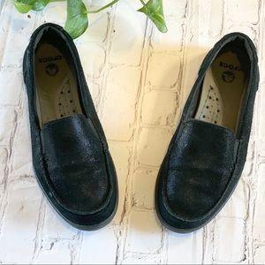 Crocs Walu Shimmer Leather Loafer